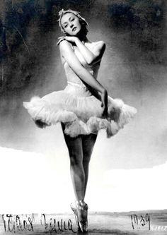 Irina Baronova (1939)