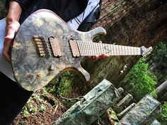 #skervesen #skervesenguitars #guitar #sevenstring #fannedfret #multiscale #metal #progressivemetal #Djent #progmetal #myguitar #shrine #buckeyeburl #bareknucklepickups
