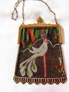 LOVELY VINTAGE WHITING AND DAVIS MESH PURSE HANDBAG FIGURAL PARROT COCKATOO #WhitingandDavis