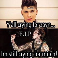 So apparently there has been over 100 suicides since Zayn left seriously people! At least your idol is still alive and making music.I'm still sad that I never got to meet him before it was too late, but fans are just so immature sometimes Emo Bands, Music Bands, Rock Bands, Music Is Life, My Music, Mitch Lucker, Falling In Reverse, Bmth, Band Memes