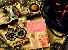 5 Things Every College Girl Needs in Her Bag – Daytime – College Fashion