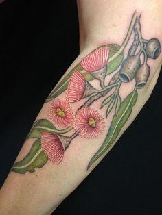 Tattoos by Tatu-Lu (Tattoo Lou) in the heart of Mullumbimby, NSW Australia.