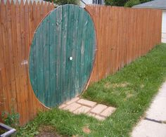 How to make a hobbit door, Cute! I don't know how practical a round door in the house would be, but this would be a fun way to incorporate it!