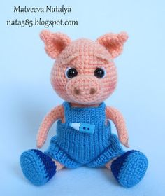 I like the idea of knitting clothes for amigurumi, instead of crocheting those as well.