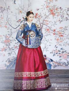Hanbok, korean traditional clothes / My wedding / / Korean Traditional Clothes, Traditional Fashion, Traditional Dresses, Korean Dress, Korean Outfits, Oriental Fashion, Asian Fashion, Hanbok Wedding, Modern Hanbok