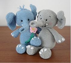 Ella the elephant and her boyfriend - This pattern is available as a free Ravelry download For more information, see: http://amigurumibb.wordpress.com/category/ella-the-elephant/
