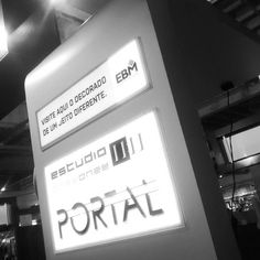 An awesome Virtual Reality pic! PORTAL - Realidade Virtual - @estudio_onzeonze  no Salão do Imóvel de Goiás 2015 #portalonzeonze #realidadevirtual #realidadevirtual360 #vr360 #vr #imersiva #virtualreality #oculusrift by augustomirandamartins check us out: http://bit.ly/1KyLetq