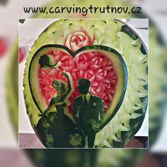 carving fruit carving watermelon birthday gift thai carving inspiration meloun Trutnov dárek inspirace kytky květiny flower flowers svatba wedding