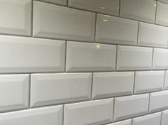 Meer dan 1000 idee n over witte metro tegels op pinterest metrotegels badkamer en metro tegel - Tegel metro bordeaux ...