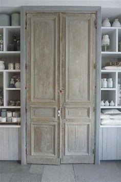 Interior Wood Doors - January 22 2019 at Antique Interior, Interior Barn Doors, Home Interior, Antique French Doors, French Doors Patio, French Patio, Vintage Doors, Old Wood Doors, Windows