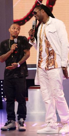 Celebrity Sneaker Watch  Bow Wow Takes The Stage in Air Jordan 4d82648ba