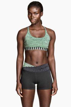 Pantaloncini corti da yoga   H&M
