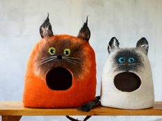 Cat bed-Cat cave-Cat house-Felted wool cat bed-handmade eco friendly pet bed - Cat! - pinned by pin4etsy.com