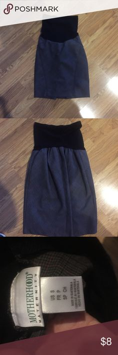 """Maternity skirt Excellent condition. Inseam 16"""" Motherhood Maternity Skirts"""