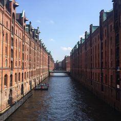 Hamburg ⚓️ #hamburg #hafenhamburg #hafencity #kusinentrip #elbphilharmonie Group Travel, Family Travel, Travel Pictures, Travel Photos, Amazing Destinations, Travel Destinations, Wanderlust, Hamburg Germany, Travel Memories