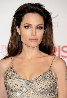 Анджелина Джоли дала интервью американскрму Vogue   Glamour.ru