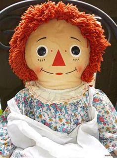 Raggedy Ann 32 Vintage Doll Knickerbocker Apron Rag Calico Dress I Baby doll toys of the Childhood Toys, Childhood Memories, Nostalgia, Baby Doll Toys, Ann Doll, Raggedy Ann And Andy, Barbie, Retro Toys, Sweet Memories