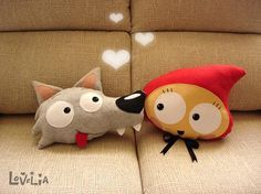 Plush Anly Red Riding Hood Decorative plush pillow by lovelia on ETSY Cute Pillows, Diy Pillows, Throw Pillows, Cushions, Felt Crafts, Kids Crafts, Diy And Crafts, Sewing Crafts, Sewing Projects