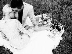 Vintage Engagement Photos (via @Liensbc809 )