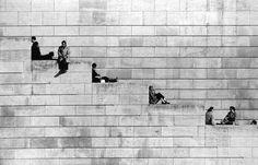 La diagonale des marches. 1953 by Robert Doisneau