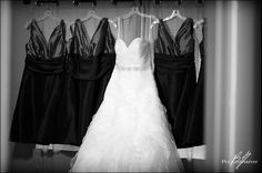Bride and bridesmaids dresses. Bh Photography
