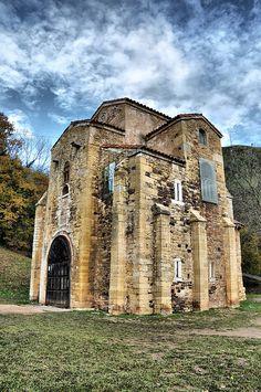 San Miguel de Lillo, Oviedo, Asturias, España