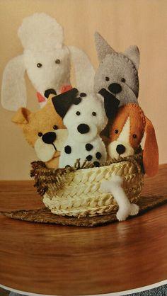Mollie Makes magazine: basket of felt puppies