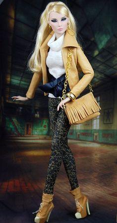 Barbie Fashionista, Fashion Royalty Dolls, Fashion Dolls, Poppy Parker, Beautiful Barbie Dolls, Halloween Fashion, Barbie World, Love Fashion, Fashion Design