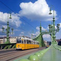 Liberty Bridge by Dávid Detkó on 500px | shot with Nokia Lumia 930 RAW | #nokia #lumia930 #budapest #500px