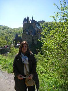 Ao fundo o Burg Eltz - Alemanha