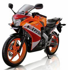 Honda CBR-150R Harga Dan Spesifikasi - Honda, si empunya motor ini memang terkenal juara dalam hal kendaraan bermotor http://oto-7.blogspot.com/2014/06/honda-cbr-150r-harga-dan-spesifikasi.html