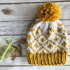 The Fair Diamonds Beanie is perfect for fall! This beanie is simple to work up and would be an excellent first time fair isle project. Using two contrasting colors of super bulky yarn (I suggest Lion Brand Woolease Thick & Quick or Hometown USA), the diamond within a diamond pattern comes to life quickly. The short repetitions are a breeze to memorize.