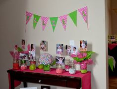 display monthly photo at first birthday