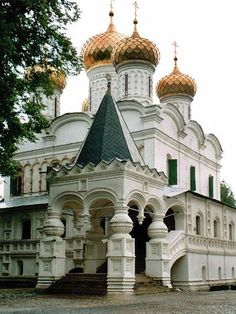 THE IPATIEV MONASTERY, KOSTROMA ~ the Monastery built ca 1330 where Mikhail Romanov was announced to be the first Tzar from The Romanovs in March 13, 1613.