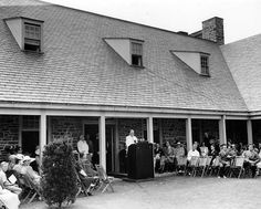 FDR at The First Presidential Library Dedication The first Presidential Library and Museum was conceived and built under President Franklin D. Roosevelt's direction from 1939 to 1940 in Hyde Park, NY. The official FDR Library dedication wa Presidents Book, American Presidents, American History, Franklin Roosevelt, 32 President, Presidential Libraries, Library Of Congress, Franklin Delano, Photography
