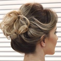 Curly+Bun+For+Short+Hair