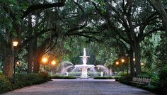 """Fodor's Savannah Travel Guide - known as the """"Hostess City"""""""