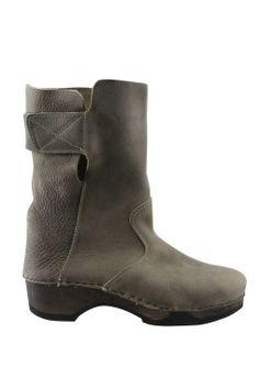 Laars Clumpy hout zool leer schacht::laarzen kort::laarzen brede schacht::Grote maten - mode online | Gratis verzendig | Bagoes fashio...