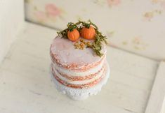 Pumpkin Patch Birthday, Realistic Cakes, Pink Birthday Cakes, Vintage Cake Stands, Fall Cakes, Tiny Food, Vanilla Buttercream, Box Cake, Mini Desserts