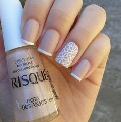 Nails: French style manicure with flowers Shellac Nails, Nail Manicure, Nail Polish, Cute Nails, Pretty Nails, Romantic Nails, Bride Nails, Best Acrylic Nails, Dream Nails