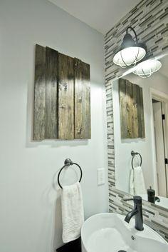 Jenna Sue: Wood bathroom art + new lens!