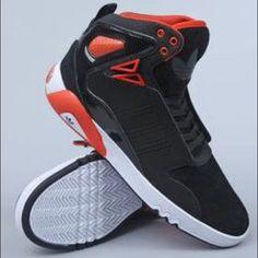 los angeles 0dd85 6048f Adidas Shoes   Adidas Original Roundhouse Mid 2.0   Color  Black Orange    Size  7.5