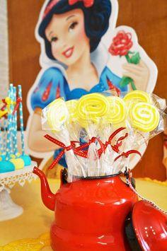snow white lollipops