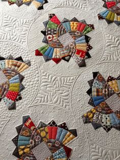 Sew Kind Of Wonderful: Twirling Fans Quilt                                                             Amazing quilting!