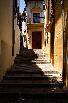 Steps in the Albayzin Granada Spain Andalucia Spain, Granada Spain, Spain Travel, Study Abroad, Fall 2016, Where To Go, Places To See, Spanish, Doors