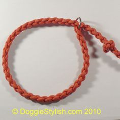 Picture steps on how to make a Dog Slip Leash from Paracord.