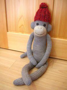 「靴下 猿のぬいぐるみ」の画像検索結果