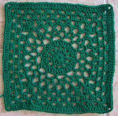This is cute. I think I may try making a blanket with these squares one day.