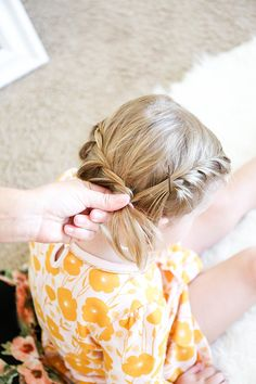 Create A Super Sweet 'Do Using This Easy Toddler Braid Hack Tutorial braiding toddler hair on both s Toddler Braided Hairstyles, Toddler Braids, Baby Girl Hairstyles, Braided Hairstyles Tutorials, Braids For Toddlers, Easy Hairstyles, Fishtail Hairstyles, Teenage Hairstyles, Girl Haircuts