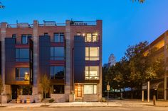 With a 20% year to year hike in condo prices, Brooklyn is the hottest real estate investment hub. Check out profitable investment opportunities in Brooklyn NRIA with financing options